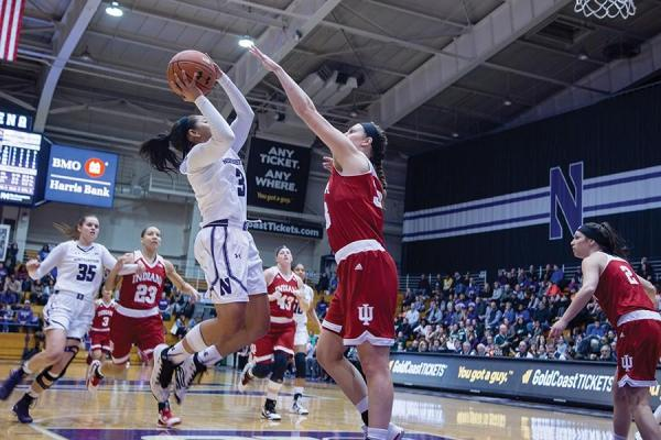 Women's Basketball: Deary explodes offensively in ...