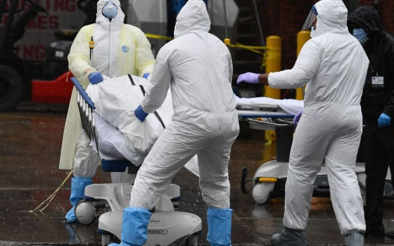 The Pandemic Hasn't Ended, Surge In New Cases. Half-A-Million Deaths In The United States