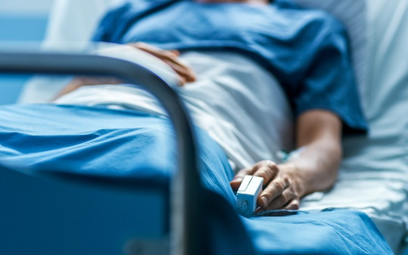 Woman Dies After Receiving COVID-Infected Lungs