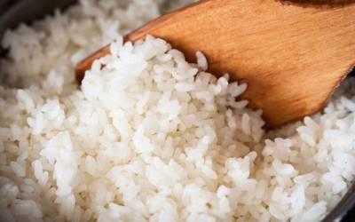 چاولوں کو پکانے سے پہلے یہ ایک کام کر لیں تو ذائقے میں زمین آسمان کا فرق پڑ جائے گا