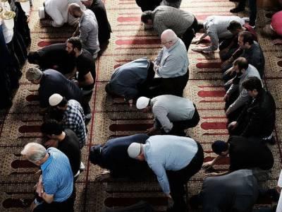 مسلمان ملازمین کو نماز کی ادائیگی کی وجہ سے ملازمت سے برطرف کرنا امریکی کمپنی کو مہنگا پڑ گیا، سب سے بڑی سزا مل گئی