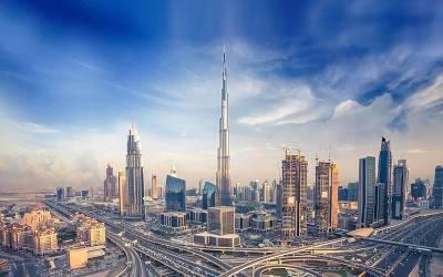 سب سے بڑی خبر آگئی، متحدہ عرب امارات میں پاکستانی ورکروں کی کم از کم تنخواہ مقرر کردی گئی