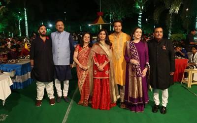 بھارت کے امیر ترین آدمی مکیش امبانی کی بیٹی کی شادی، ایک ہی دن میں مہمانوں سے بھرے اتنے جہاز لینڈ کرگئے کہ ریکارڈ بن گیا