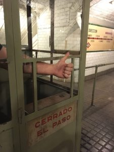 Metro Museum thumbs down: got ticket?