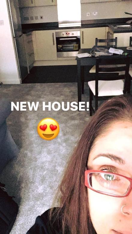 new flat, new apartment, new home selfie, one year in reading