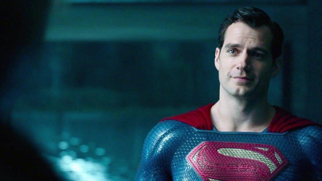 65434_07_zachary-levi-confirm-henry-cavill-still-superman_full