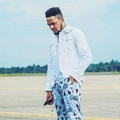 , Kizz Daniel's ex-manager, Lawrence, finally reacts to being sacked