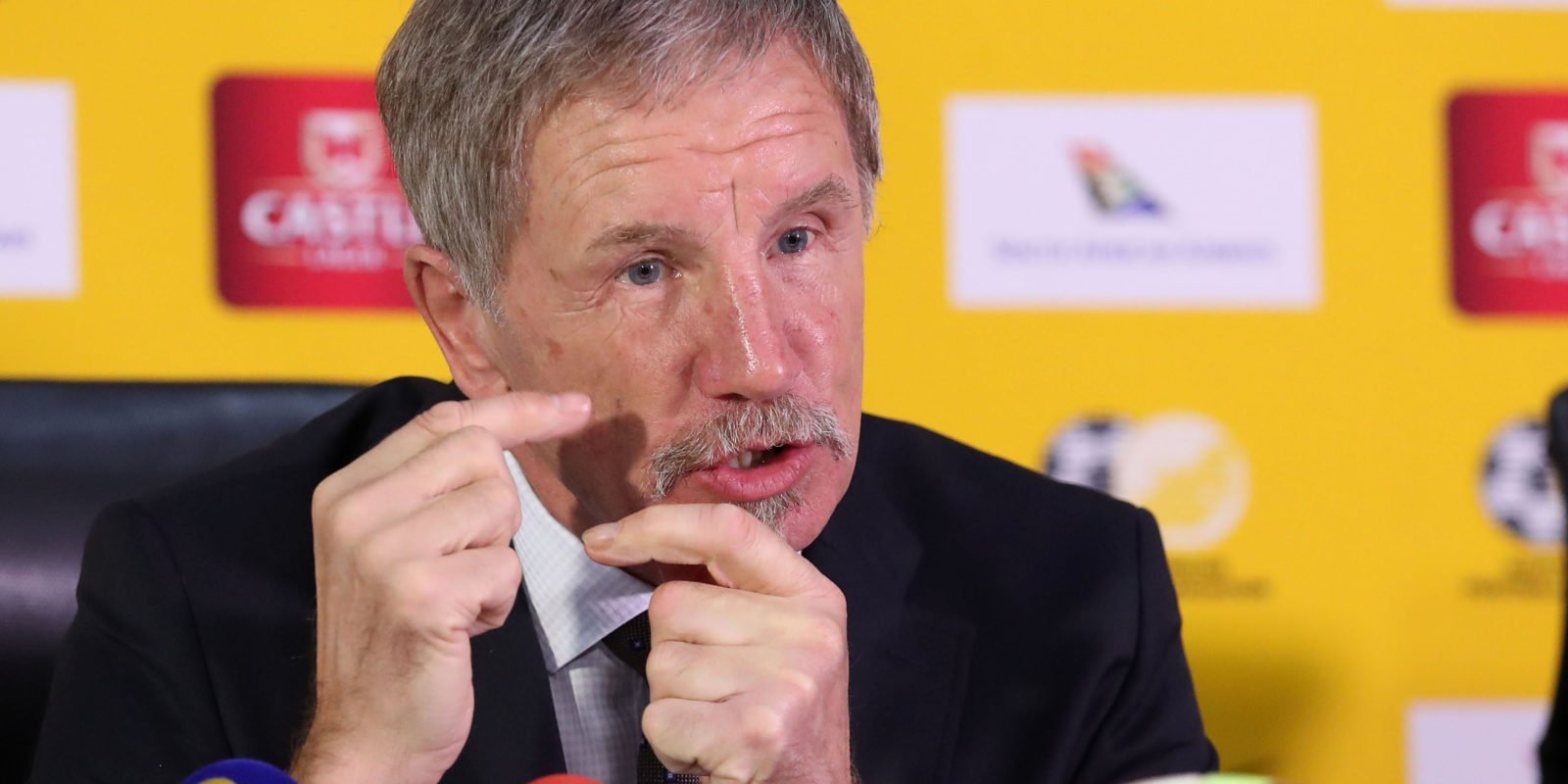 Stuart Baxter - AFCON 2019: South African coach sends message to Nigeria's Super Eagles, replies Rohr