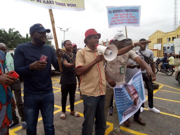 IMG 20200908 095307 1024x768 - Stop protesting on internet, speak against fuel, electricity tariff hike - Activist tells Nigerians [PHOTOS]