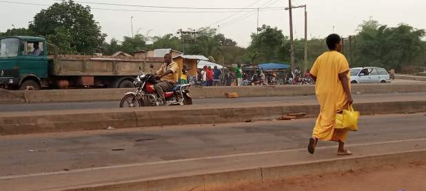 IMG 20201019 065353 203 scaled - End SARS: Passengers face hardship in Edo as protest shuts down state