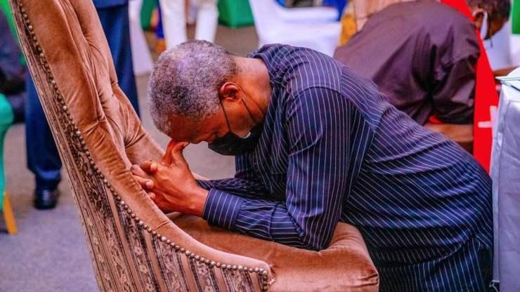 Insecurity: Osinbajo, govt officials, clerics pray for Nigeria