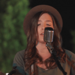 "Lyndsey Elm Sings ""Lips are Moving"" on The Voice 2015 Season 9 Audition (VIDEO)"
