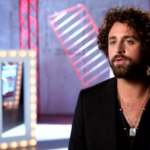 "Johnny Hayes Sings ""Traveler"" on The Voice 2016 Season 11 (VIDEO)"