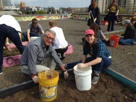 Dr. Umidi and sophomore Lauren Dennis help with an urban garden on Campus Ministries' mission trip, Mar. 10, 2017, Atlanta, GA. (Campus Ministries)