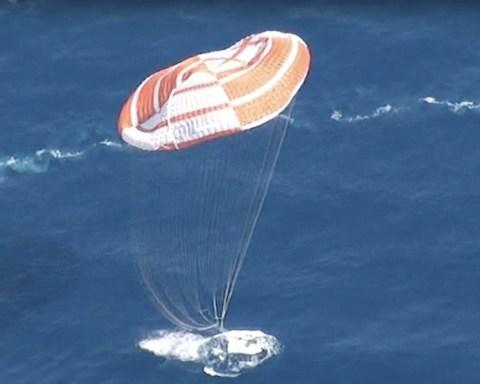 Test d'amerrissage de l'IXV en 2013, en Italie. © Thales Alenia Space