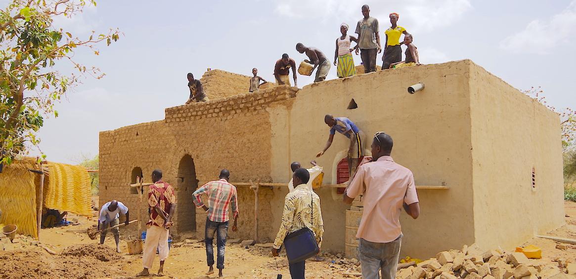 Constructions en terre, Burkina Faso. © Jehanne Paulus.