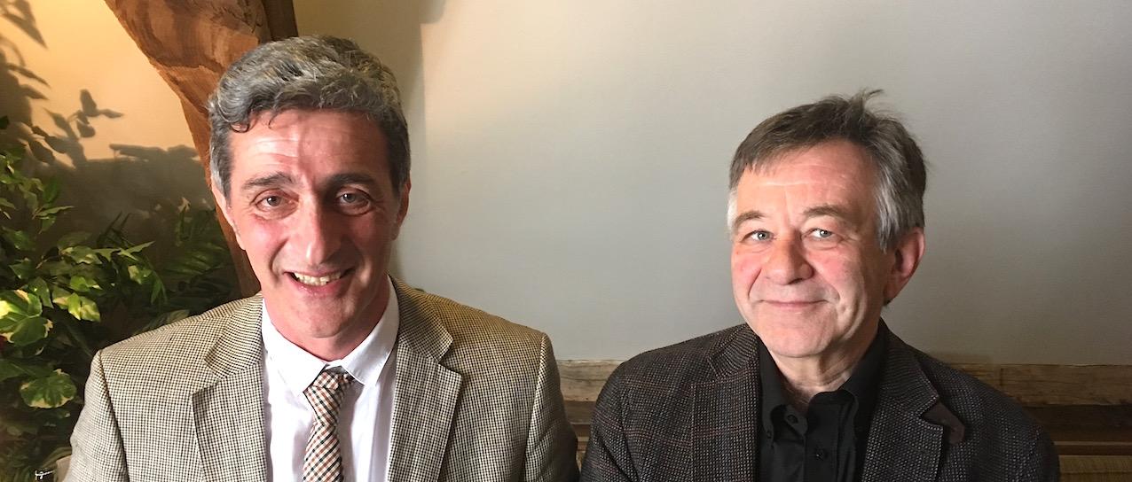 """Le Pr Naji Habra (à gauche), premier recteur """"élu"""" de l'Université de Namur, et le Pr Yves Poullet, actuel recteur de l'Université."""
