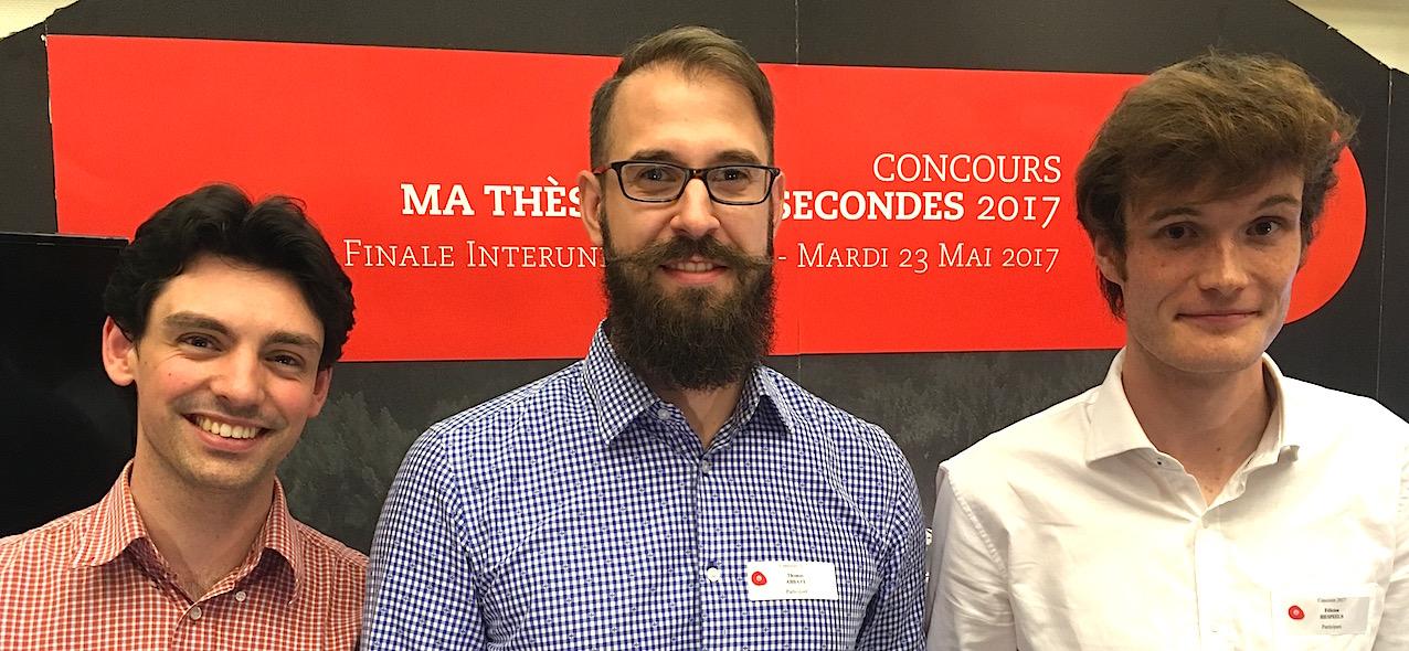 """De gauche à droite, les lauréats 2017 du concours interuniversitaire belge """"Ma thèse en 180 secondes"""": Alexis Darras ( ULg), Thomas Abbate (UMOns) et Félicien Hespeels (UNamur)."""