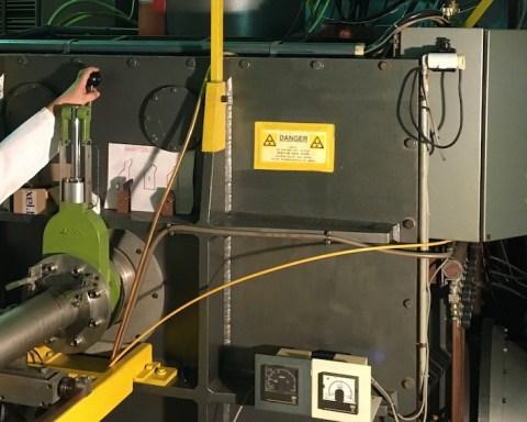 C'est ici, au cyclotron de l'UCL, à Louvain-la-Neuve, que le nouveau contrôleur électronique de Thales Alenia Space Charleroi a été testé et validé.