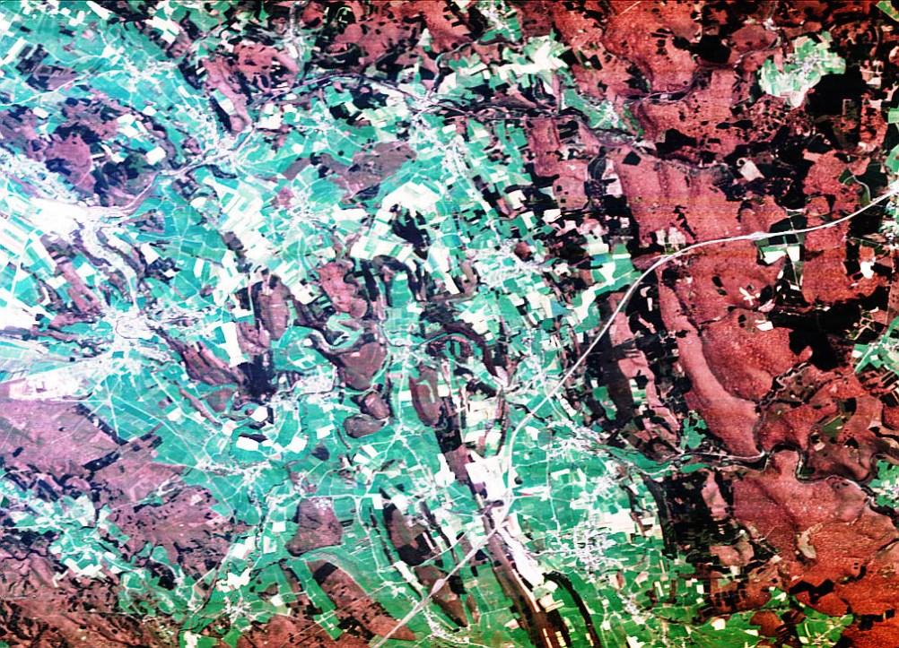 Voici une des premières images prises par Proba-1: l'Ardenne belge, en avril 2002. © ESA