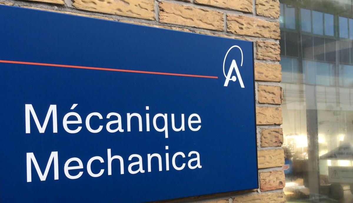 Atelier de mécanique, Institut royal d'Aéronomie Spatiale de Belgique (IASB).