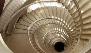 Grand escalier de l'Irpa, Bruxelles, parc du Cinquantenaire.