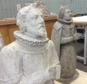 Les statues en albâtre de Boussu sont en restauration.