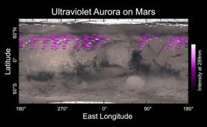 Carte de l'aurore diffuse martienne de décembre 2014 dressée en cinq jours d'observation par l'IUVS (le spectrographe UV) qui équipe la sonde Maven. La carte montre une aurore s'étendant largement dans l'hémisphère nord de la planète. © NASA (Cliquer pour agrandir)