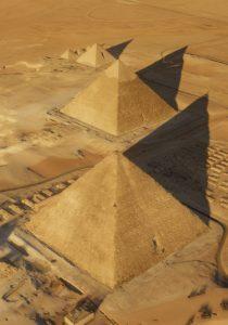 La pyramide de Chéops est la plus haute du plateau de Gizeh. © ScanPyramids