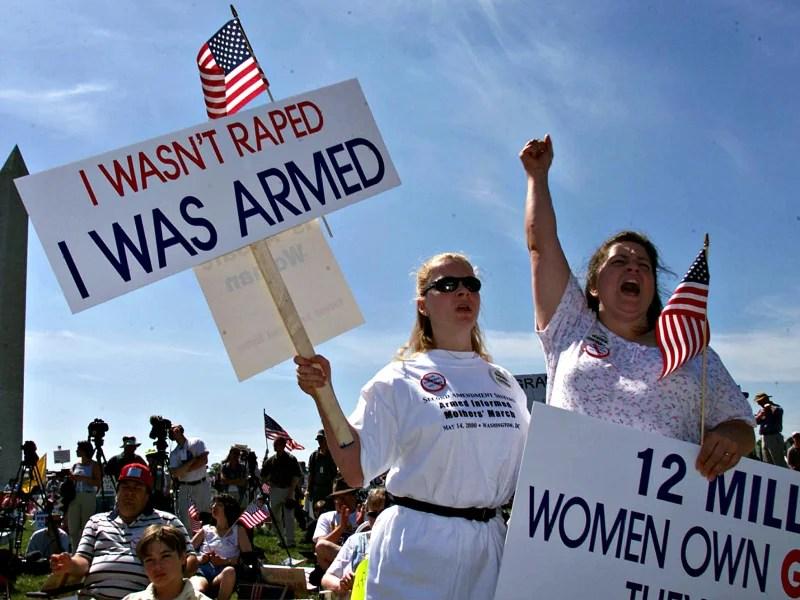 Members of the gun rights group Second Amendment Sisters make themeselevs heard near the Washington Monument on April 14, 2014. (Photo: Chuck Kennedy/KRT/Newscom)