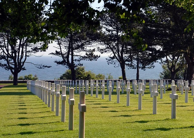 Rows of white crosses in the Normandy American Cemetery and Memorial mark the graves of the thousands of U.S. Servicemembers who gave their lives during the D-Day invasion of June 1944. (Photo: Spc. Adrienne Killingsworth)