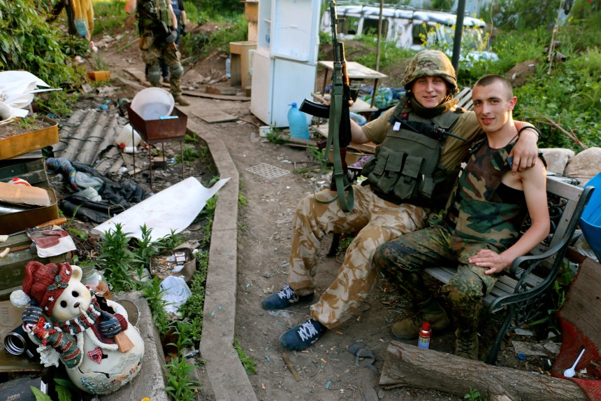 Ukrainian soldiers in Pisky, a village outside the embattled Donetsk airport.
