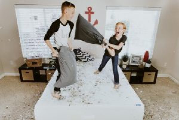 Ultimate Superhero Bedroom Ideas for Your Twins- siblings, pillow fight