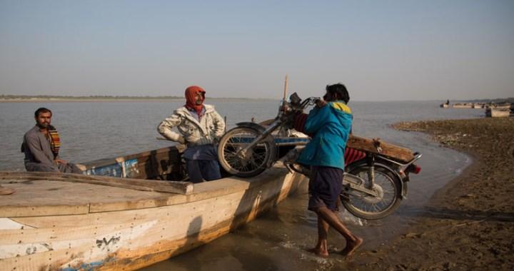 سندھ کنارے:سرائیکی وسیب میں کشتی سازی کی صنعت