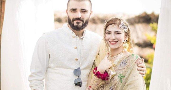 اداکار حمزہ علی عباسی اور اداکارہ نیمل خاور کے گھر بیٹے کی پیدائش