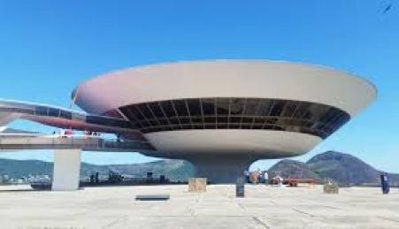 THE NITEROI CONTEMPORARY ART MUSEUM BRAZIL