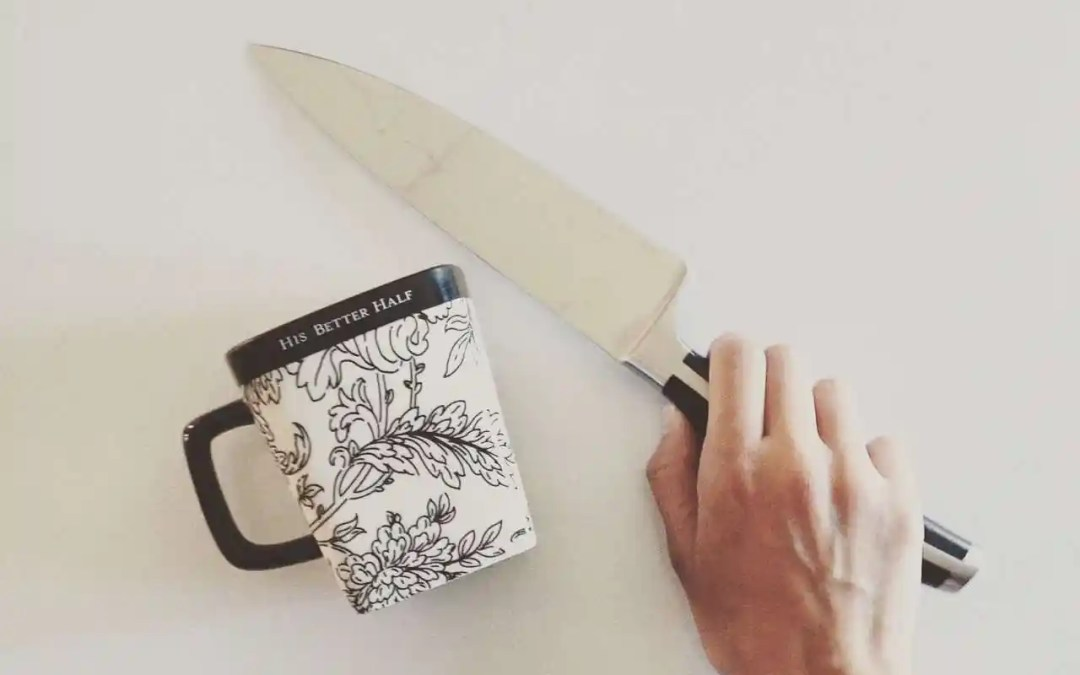 """Antonella's YouTube Tip of the Week: """"MUGGING MY BLADE"""" – How to Sharpen Your Knife"""