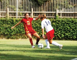 Season-ending · Junior midfielder Ashli Sandoval will miss the remainder of the season after tearing her ACL against Gonzaga. - Geo Tu | Daily Trojan