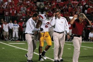 Big loss? · USC safety Taylor Mays was held out of practice because of the injury he sustained in the 18-15 win against Ohio State Saturday. - Leah Thompson | Daily Trojan