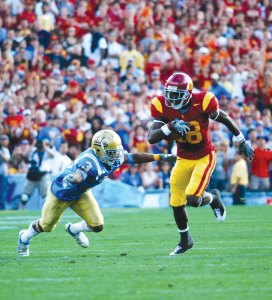 Fighting through pain · Junior receiver Damian Williams is still slowed down by his injured ankle, but he showed signs of improvement during the bye week. USC's offense has missed Williams' playmaking ability. - Brandon Hui | Daily Trojan