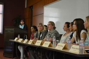 Honor · Panelists discuss how their experience in the military has translated to their lives as students, sense of self and future goals. - Mindy Curtis | Daily Trojan