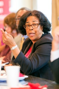 Experience talks · Jan Perry talks about governance, policy and leadership during a luncheon with students at the Bedrosian Center. - Ralf Cheung | Daily Trojan