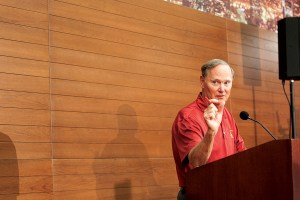 For the record · USC Athletic Director Pat Haden cleared up reports that individuals posing as a USC affiliate contacted Tony Dungey and the Denver Broncos about the school's vacant head coaching job. - Ralf Cheung   Daily Trojan