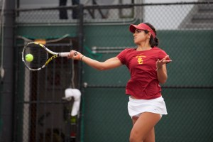 Stepping up · Junior co-captain Zoë Scandalis has moved into the top singles slot for the Women of Troy since her classmate Sabrina Santamaria injured her ACL. Scandalis is the nation's 26th-ranked singles player. - Ralf Cheung | Daily Trojan