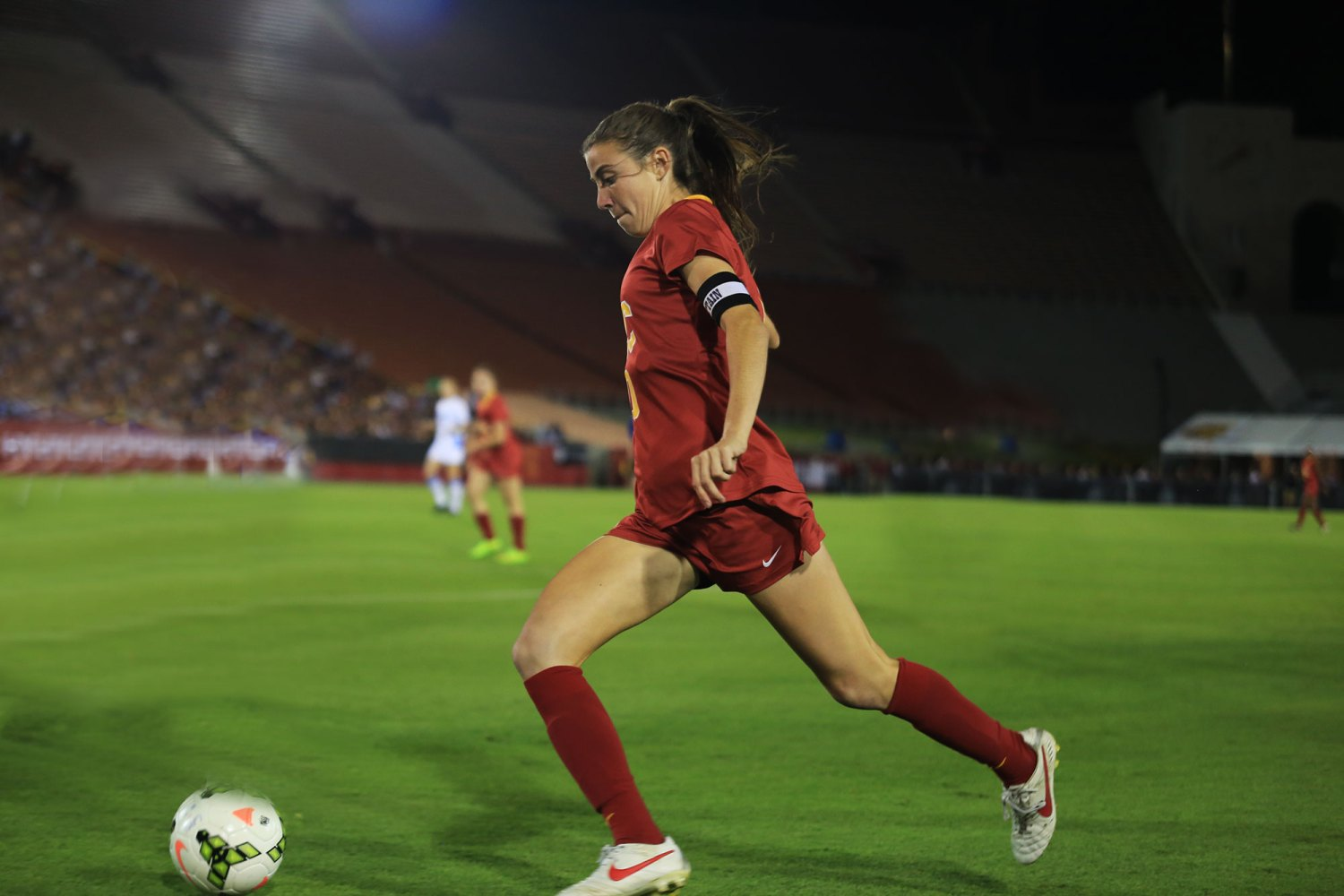 Fancy footwork · Senior midfielder Jamie Fink started all 21 games as a junior en route to earning All Pac-12 honors and will look to help her team back to the NCAA tournament in her final season.  - Kenneth Rodriguez-Clisham | Daily Trojan