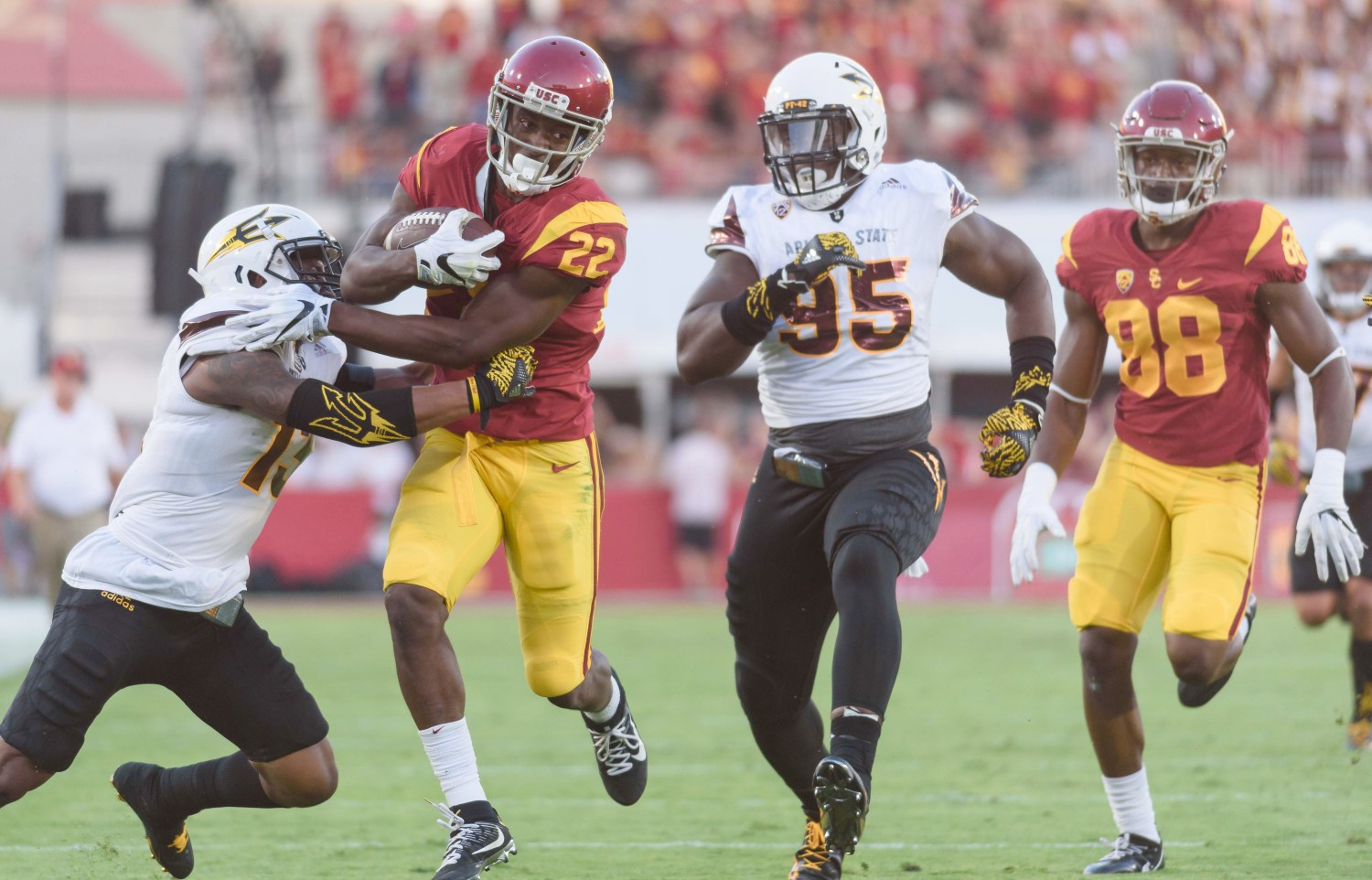 Benjamin Dunn   Daily Trojan Dashing Davis · Senior running back Justin Davis and the Trojans are facing their fourth-ranked opponent of the season in No. 21 Colorado. Davis has rushed for over 100 yards in two consecutive games.