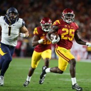 Ronald Jones takes a carry against Cal.