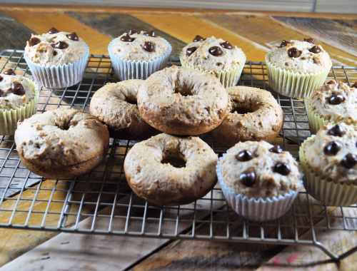 Vegan Banana Bread Donuts and Muffins 4
