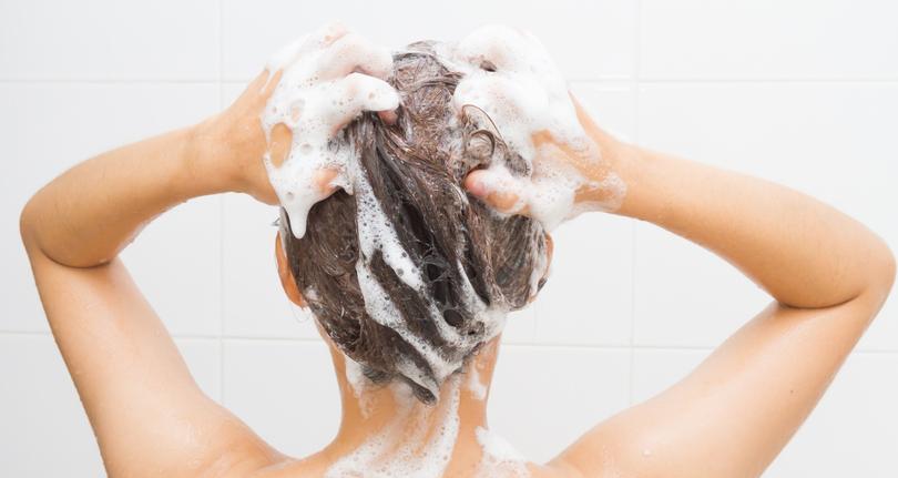shampooing hair, hemp shampoo