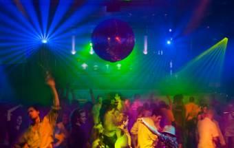 Las luces estroboscópicas de los conciertos podrían provocar convulsiones epilépticas